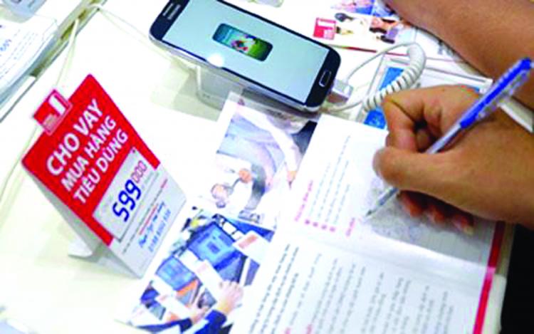 Cảnh báo nhiều hệ lụy liên quan đến dịch vụ vay tiêu dùng
