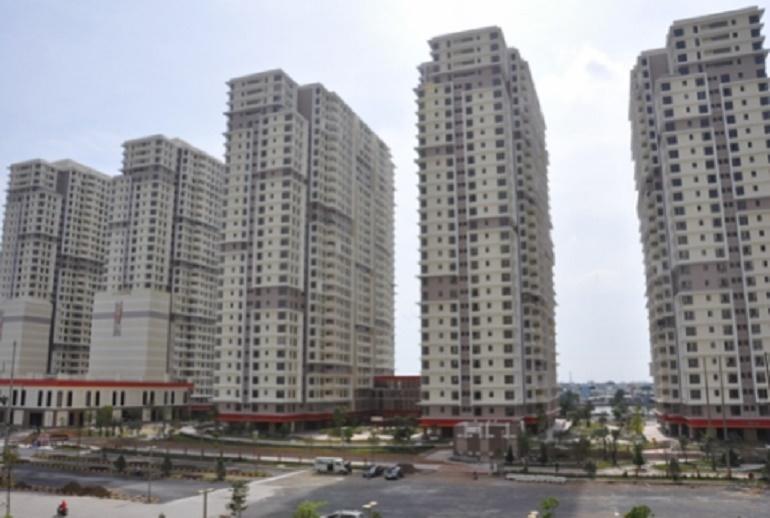 Xây xong không ai ở, 200 căn hộ tái định cư dự án Era Town được đưa ra bán đấu giá