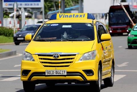 Taxi truyền thống liên minh để cạnh tranh với Grab