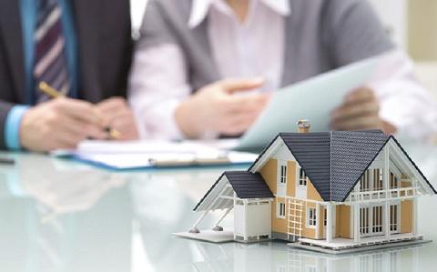 """Những rủi ro pháp lý nào nhà đầu tư hay gặp phải nhất khi """"bỏ tiền"""" vào bất động sản?"""