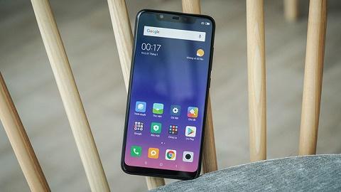 Đánh giá Xiaomi Mi 8: Chụp ảnh đẹp, hiệu năng cao mà giá lại quá rẻ