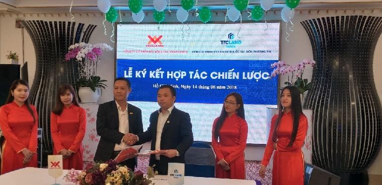 Lễ ký kết hợp tác chiến lược giữa công ty Bất động sản Vinacoland và Công ty Địa Ốc  Sài Gòn Thương Tín