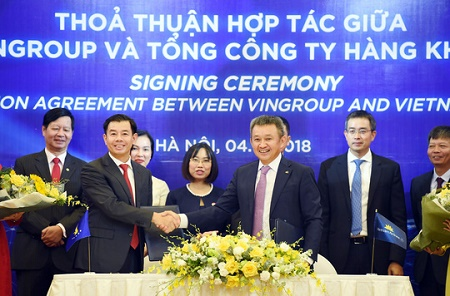 "Vietnam Airlines - Vingroup ""bắt tay"""