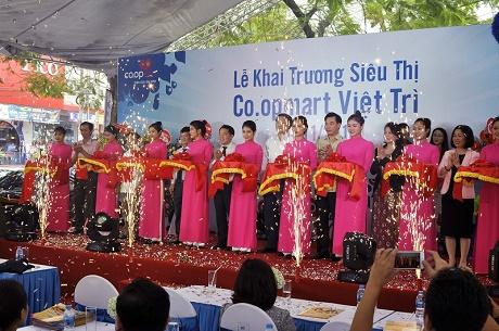 Saigon Co.op khai trương siêu thị Co.opmart đầu tiên tại Phú Thọ nâng tổng số siêu thị Co.opmart trên toàn quốc lên con số 101