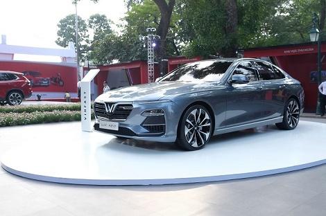 """Vinfast công bố lộ trình áp dụng giá """"3 không"""" cho ô tô và xe máy điện"""