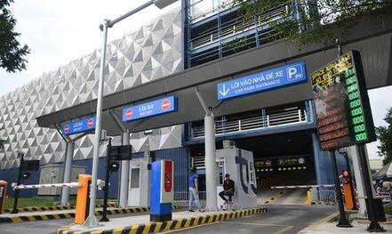 Tăng giá giữ xe ở sân bay Tân Sơn Nhất