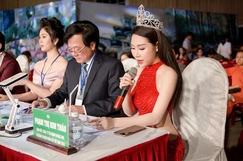 Á hoàng Kim Thảo: Top 10 thí sinh chung kết Nét đẹp Vĩnh Long 2019 – Ngôi vị Hoa Khôi hay Nam Vương đều xứng đáng