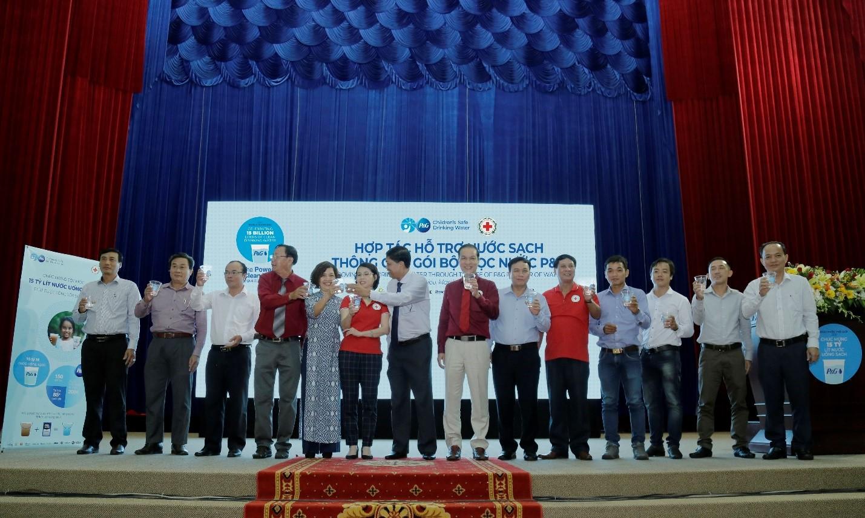 Công ty P&G cùng Hội Chữ Thập Đỏ Việt Nam tổ chức Lễ Kỷ Niệm Ngày Nước Thế Giới