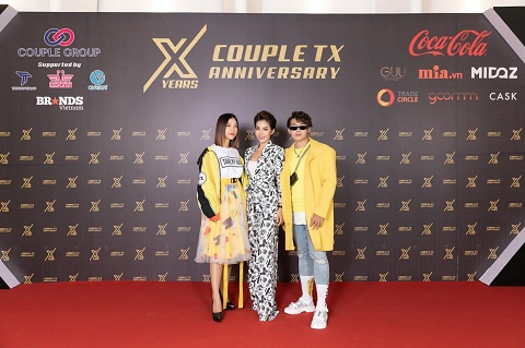 """Doanh nhân – Hoa hậu Xuyến Nguyễn """"chơi lớn"""" tổ chức fashion show hoành tráng"""