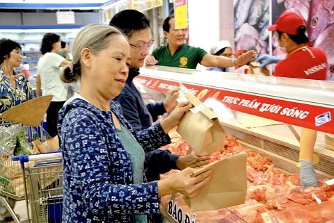 Hơn 750 điểm bán lẻ của Saigon Co.op không túi nilon