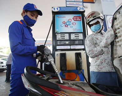 Giá xăng dầu đồng loạt giảm mạnh từ 15h chiều nay (17/6)