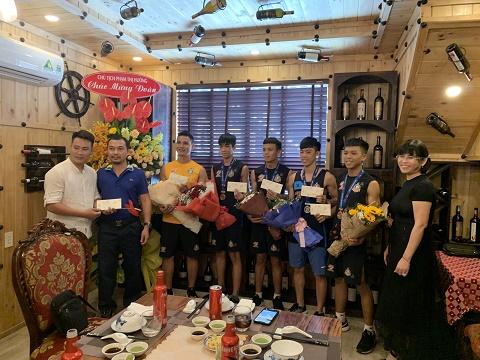 Công ty Phú Hồng Thịnh đồng hành cùng tuyển Muay Thái MMA FIGHT ACADEMY