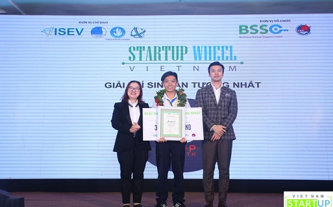 Dự án ấn tượng nhất Vietnam Startup Wheel: Founder mới học lớp 12, thu được 7.000 USD/năm từ nền tảng hỏi bài trên mạng