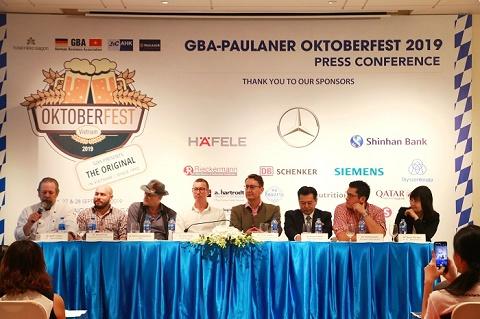 Thưởng thức bia Đức không giới hạn tại Lễ hội GBA Oktoberfest Việt Nam 2019