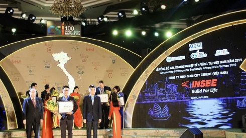 """INSEE Việt Nam được vinh danh Top 100 """"Doanh nghiệp Bền vững Việt Nam 2019"""""""