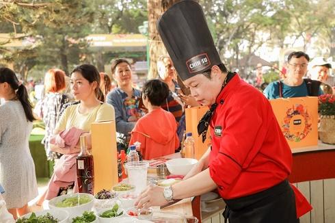 Lễ hội Tết Việt khép lại trong sự lưu luyến của đông đảo người dân và du khách