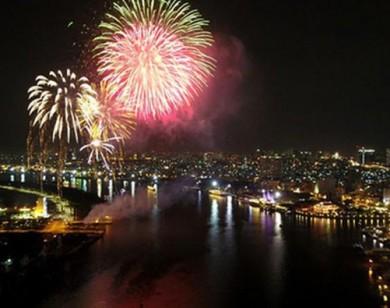 Rực sáng pháo hoa chào đón năm mới 2020