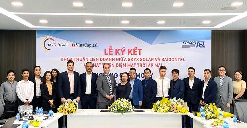 SkyX Solar và SAIGONTEL bắt tay phát triển điện mặt trời áp mái trong các khu công nghiệp