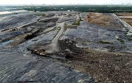 """Người dân khu Nam tiếp tục bị """"bức tử"""" bởi mùi hôi thối từ bãi rác thải Đa Phước"""