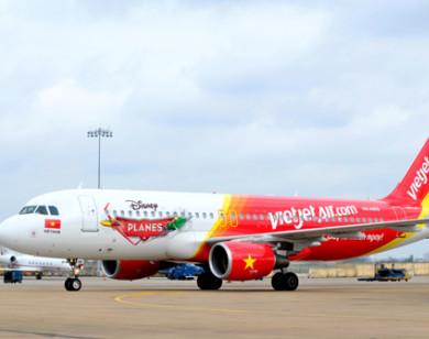 """Hãng hàng không VietJet bị """"tố"""" bán thông tin khách hàng!"""