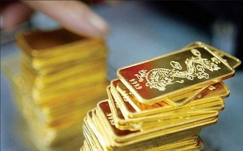 Giá vàng tăng kỷ lục sau 8 năm, vượt mốc 50 triệu đồng/lượng