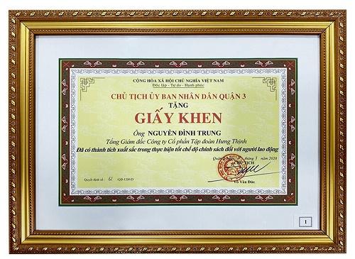 4 năm liền Chủ tịch Tập đoàn Hưng Thịnh nhận bằng khen của UBND Quận 3 – TP.HCM