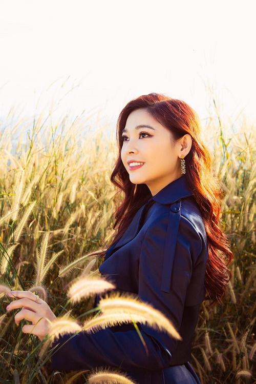 Diễn viên Kim Thanh Thảo sang chảnh trong bộ ảnh mới tại Hồ Tà Đùng