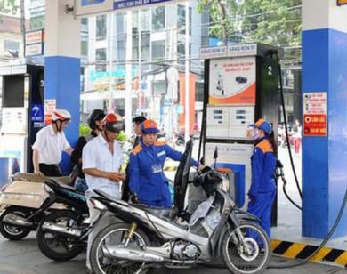 Giá xăng, dầu có thể tiếp tục tăng mạnh vào ngày mai (26/12)