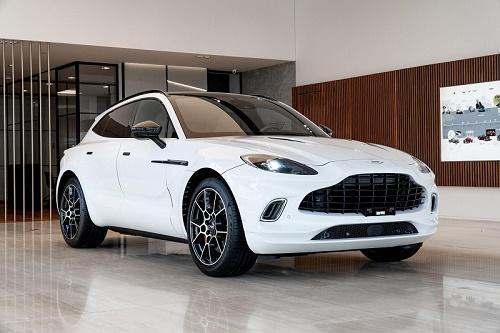Aston Martin chính thức ra mắt siêu SUV đầu tiên trong lịch sử thương hiệu