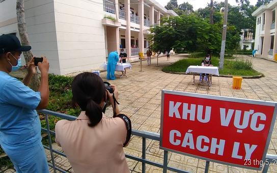 TP HCM: Hơn 100 ca Covid-19 đưa vào bệnh viện từ khu cách ly trong 24 giờ qua