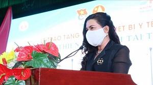 Quỹ từ thiện Kim Oanh hỗ trợ máy thở, trang thiết bị y tế 4,5 tỷ đồng cho Long An, Đồng Tháp, Bình Dương